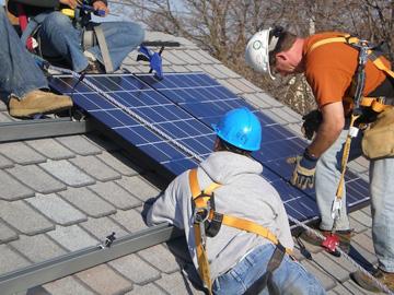 Installeer zonnepaneel